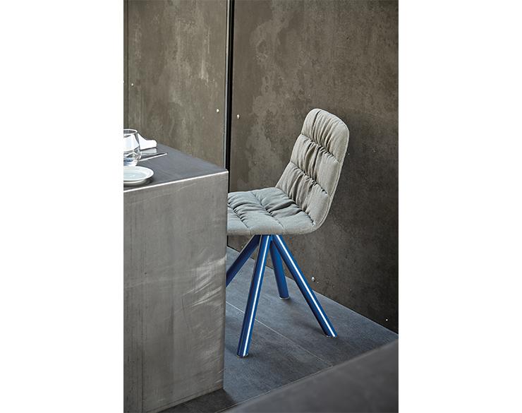 maarten_chair10