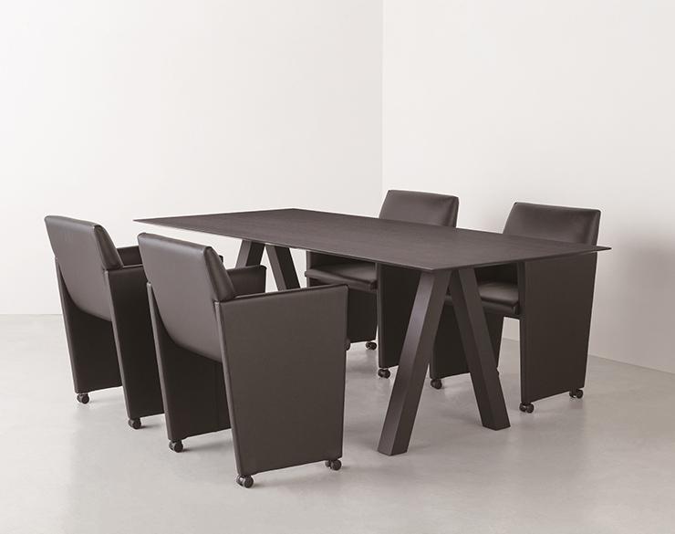 trestle_table8