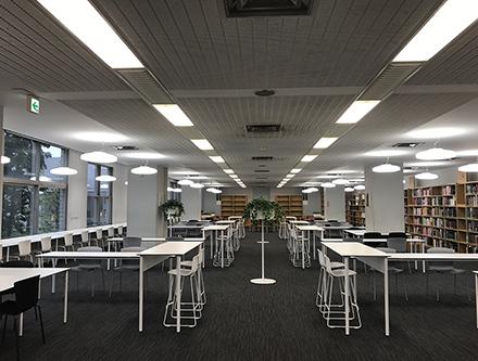 慶應義塾大学 日吉図書館